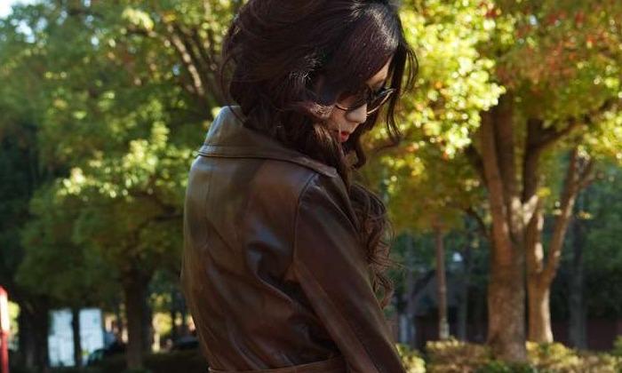 裸コートで街を歩くのがムラムラする女 えろ写真まとめ