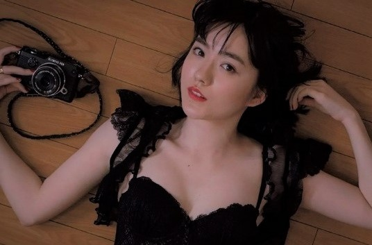 小島藤子 ひよっこ女優水着グラビアエロ画像まとめ