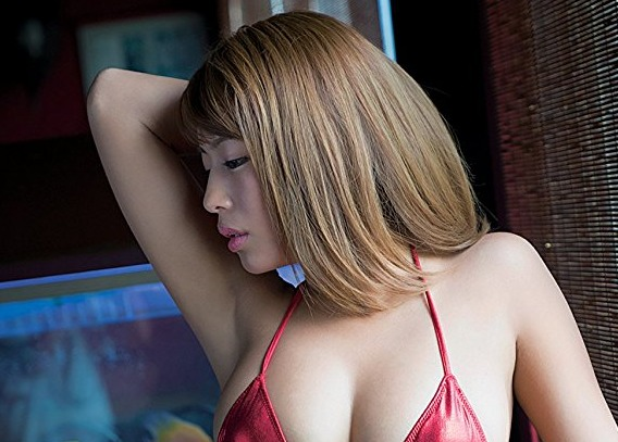 橋本梨菜 Gカップ美美巨乳褐色ぬーどなグラビアえろ写真